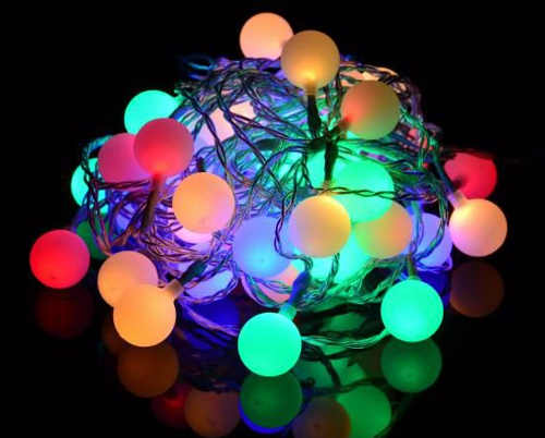 Farebná LED reťaz na večierky a Vianoce